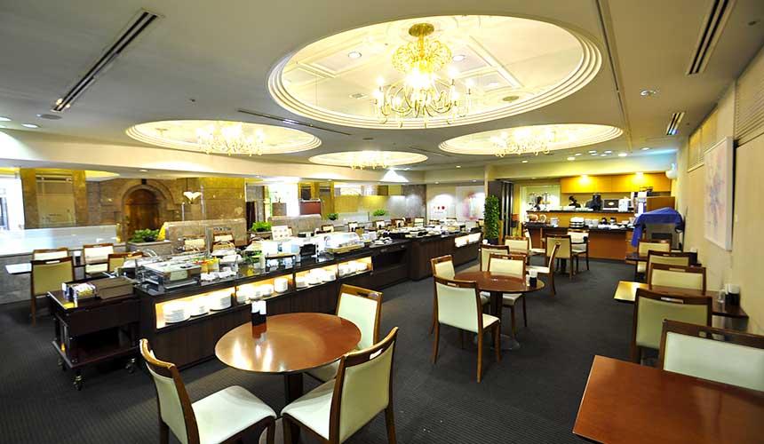 岡山飯店「倉敷 ROYAL ART HOTEL」的餐廳RAVENNA的店內