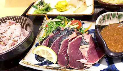 炙燒半熟鰹魚生魚片