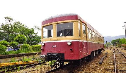 日本岡山「美咲町」的「吉ヶ原」廢棄車站「KIHA 312」列車