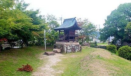 日本冈山吉备津彦神社鹤岛神社