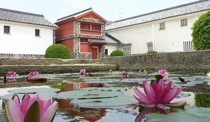 岡山倉敷必去景點「大原美術館」的工藝・東洋館入口前的池塘