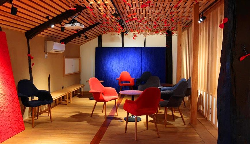 岡山必買伴手禮吉備糰子百年老店「廣榮堂」的「刻之美術館」藝廊空間
