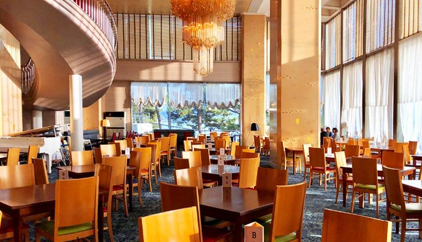 """日本岡山離直島最近的溫泉飯店:「瀨戶內鑽石濱海飯店」餐廳照片"""""""