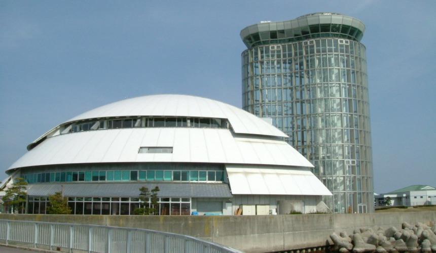 日本结缘圣地「岛根」、柯南故乡「鸟取」旅游推荐:境港市的梦港塔
