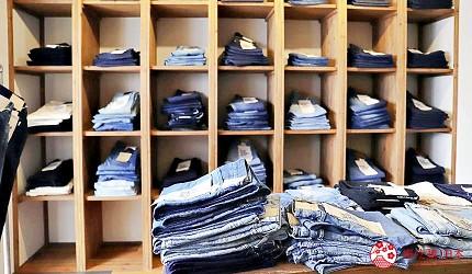 「丹宁之父」石桥秀次在2016年创立的牛仔裤品牌「BLUE SAKURA」店内的墙架放满不同款式的牛仔裤