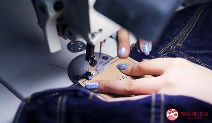 「丹宁之父」石桥秀次在2016年创立的牛仔裤品牌「BLUE SAKURA」的牛仔裤工作室「Whoval」位於冈山的儿岛会进行不同的牛仔裤加工工序,包括缝纫