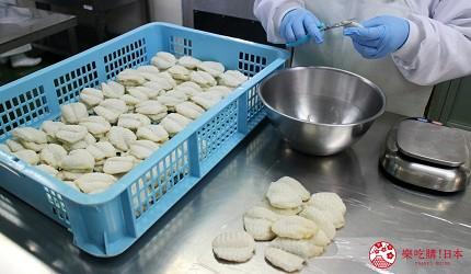 贩卖3分钟就可以煮好的道地日式料理懒人包伴手礼手信的山口县最大海产专卖店井上商店有出售山口县有名的河豚茶泡饭,内里的完整的河豚肉每块都是由处理师手工剪裁的