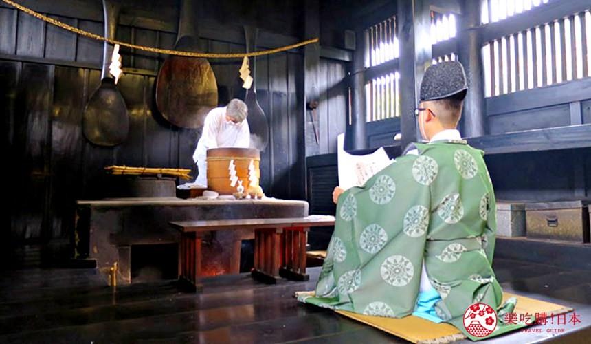 冈山人气吉备景点推荐「吉备津神社」的鸣釜神事