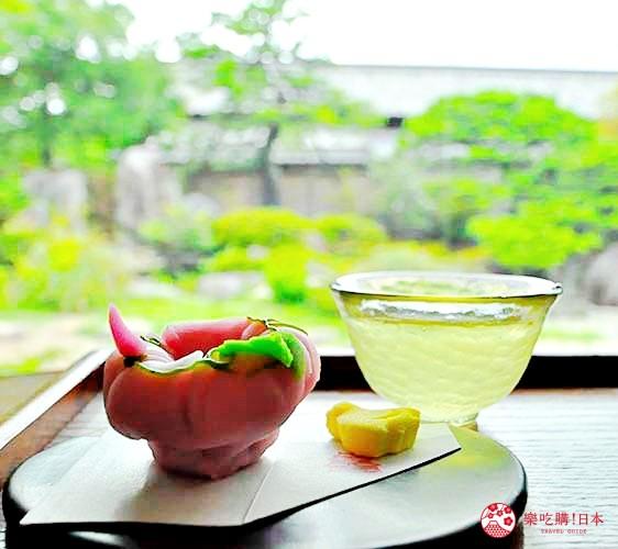 岛根鸟取自由行必吃美食推荐和菓子店家「吃茶きはる」的甜点与庭园合照